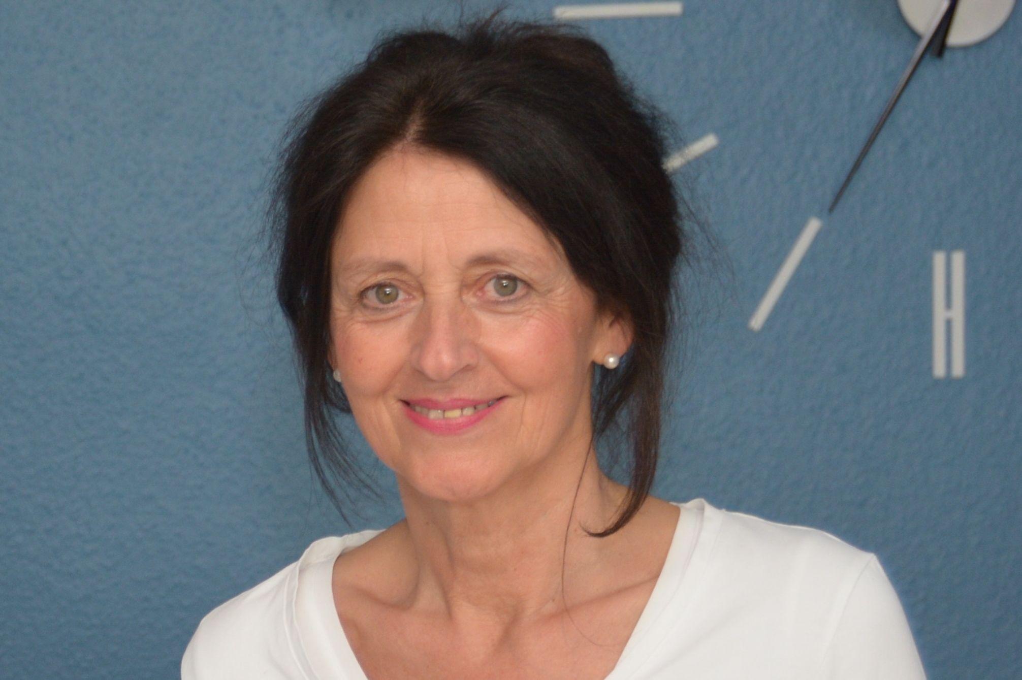 Dr. med. vet. Claudia Szattelberger
